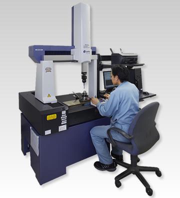 サブミクロン単位で測定管理